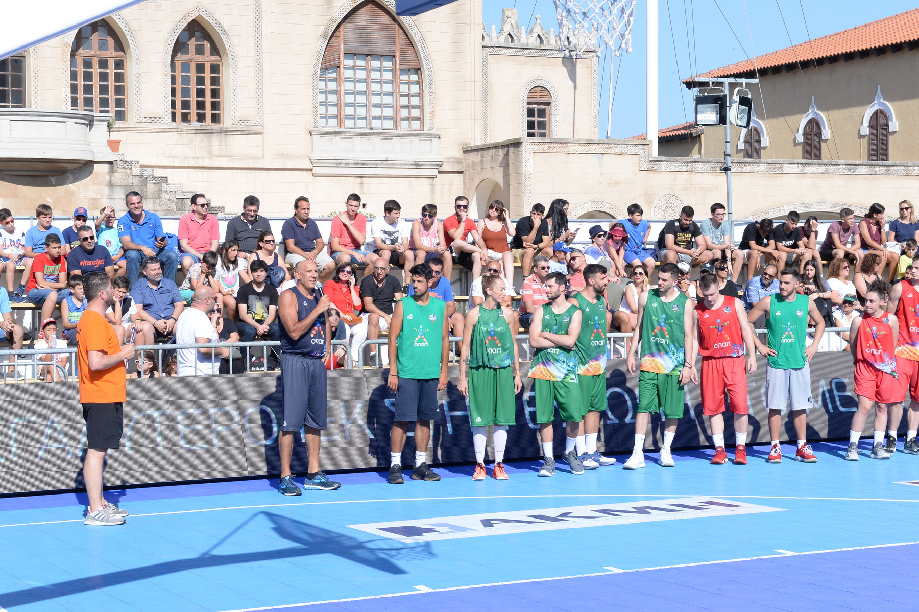 GalisBasketball 3on3: Ο Ντορόν Τζάμσι τίμησε τον Νίκο Γκάλη και έπαιξε μπάσκετ μπροστά στο κοινό της Ρόδου! (videos)