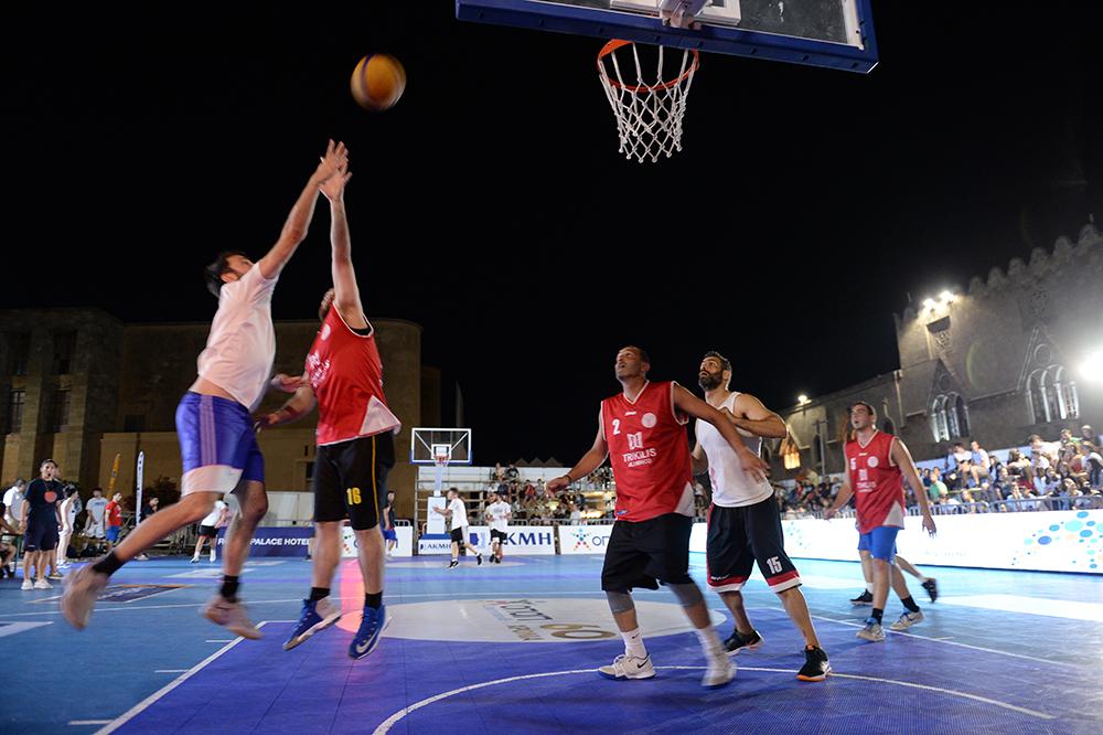 GalisBasketball 3on3: Εντυπωσιακή έναρξη στην πλατεία Δημαρχείου! (Photostory)